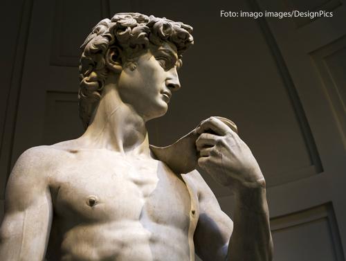 Diese Statue zeigt den David von Michelangelo.