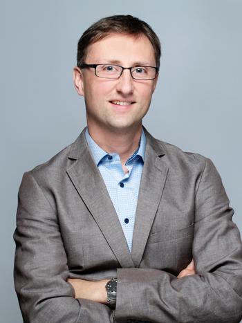 Der Theologe Martin Denger (40) arbeitet als Ausbildungsleiter in der Begleitung von Theologiestudierenden in Freiburg.