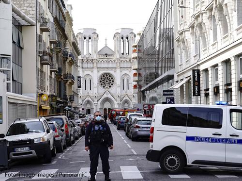 In der Kirche Notre Dame in Nizza sind bei einem mutmaßlichen Terroranschlag drei Menschen gestorben. Foto: imago images / PanoramiC