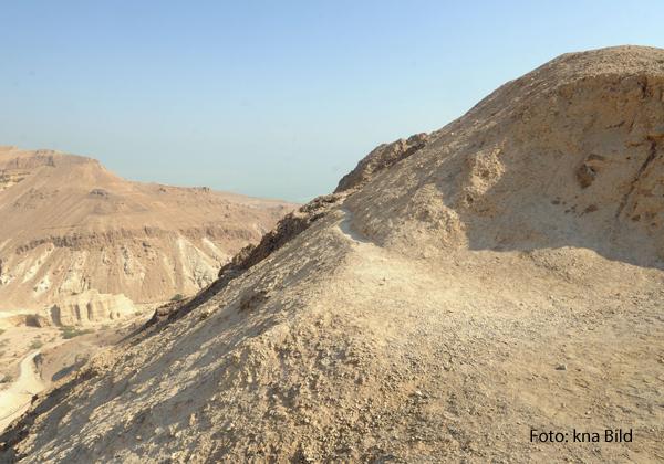 Steine, Sand, Dornen: Die Wüsten in Israel laden nicht unbedingt zum Wachsen und Gedeihen ein.
